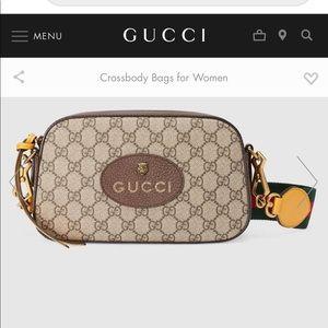 Gucci Neo Vintage GG Supreme Messenger Bag